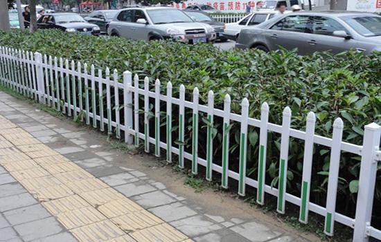 塑料花园围栏