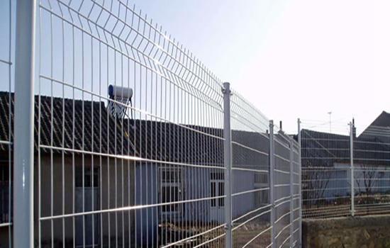 双边丝围栏网