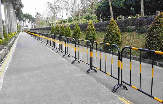 隔离带护栏