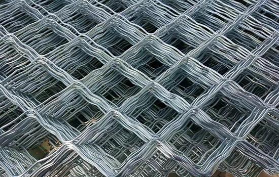 菱形防护铁丝网