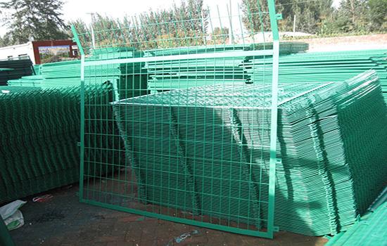 浸塑围栏网