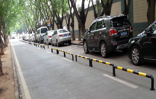 停车场围栏
