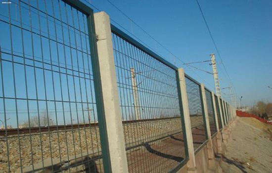 防攀爬护栏网