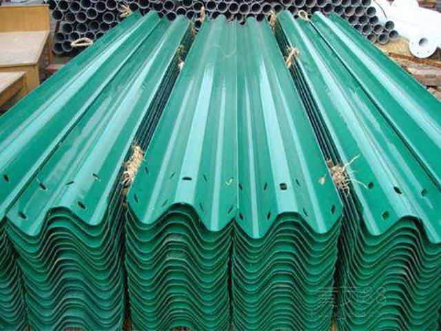环氧锌基护栏板