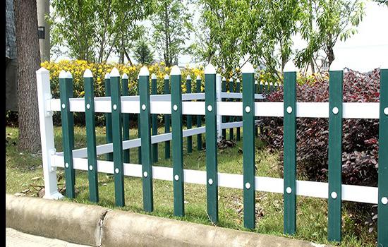 喷塑草坪护栏