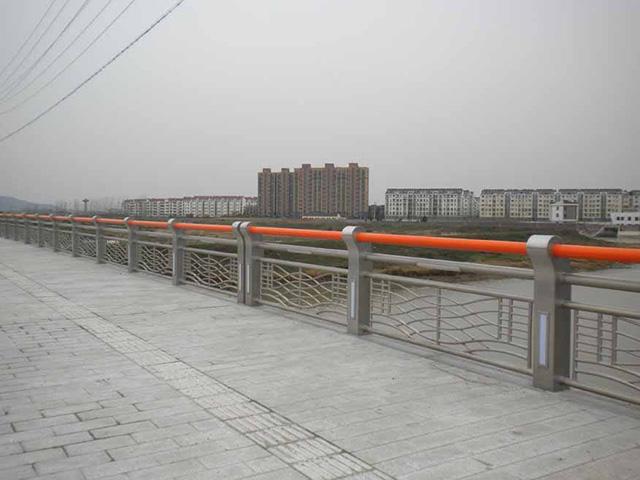 橋梁護欄網
